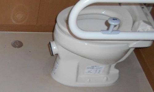 藤枝市 老人介護施設トイレ清掃 便器