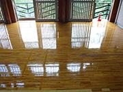 宿泊施設の玄関及び体育館 洗浄/ワックス