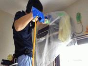 浜松市内アパート 壁掛けエアコン分解洗浄と除菌消臭作業